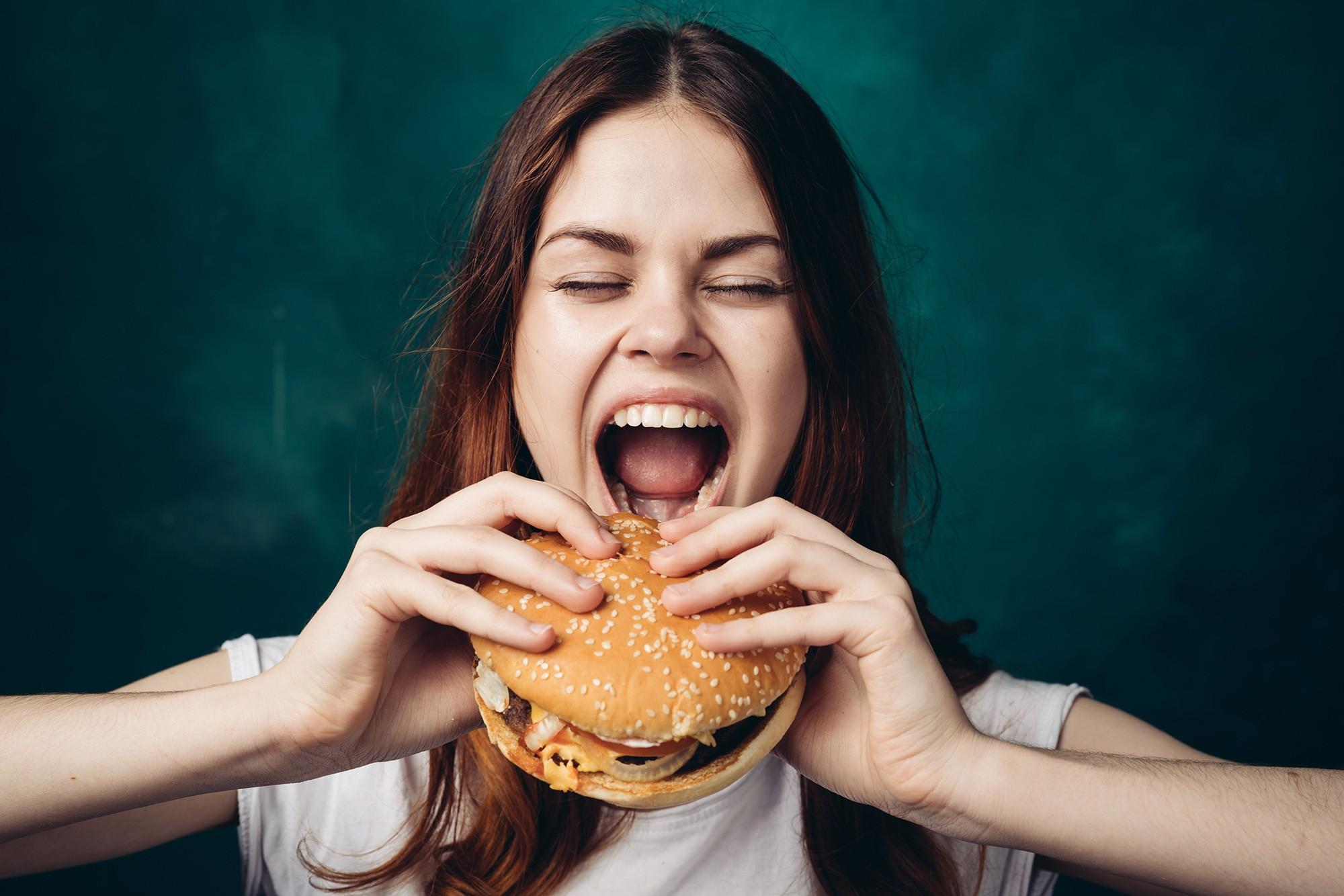 Aşırı Yeme Bozukluğu Belirtileri
